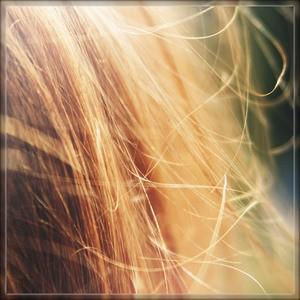 髪 ボサボサ